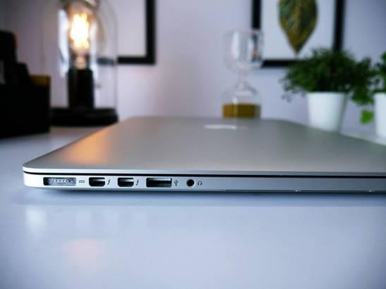 APPLE MACBOOK PRO A1398 i7-4770HQ 16GB 240GB SSD 2K 8870M
