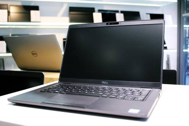 DELL 5300 i7-8665U 8GB 240GB SSD WIN 10 HOME