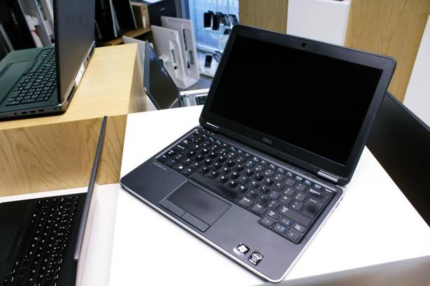 DELL E7240 i5-4300U 16GB 480GB SSD WIN 10 HOME