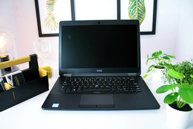 DELL E7470 SKIN i5-6300U 8GB 240GB SSD WIN 10 HOME