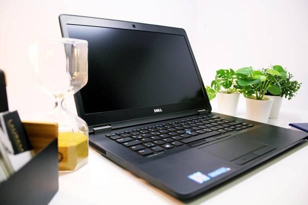 DELL E7470 i5-6300U 16GB 240GB SSD WIN 10 HOME