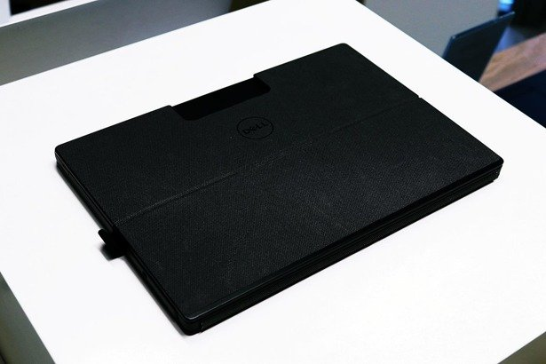 DELL LATITUDE 7275 M5-6Y75 8GB 256 GB SSD FHD WIN 10 HOME