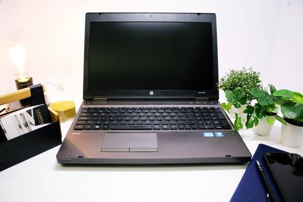 HP 6560b i3-2310M 8GB 240GB SSD HD+ WIN 10 HOME